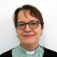 Tiina László
